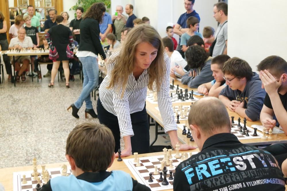 Mathilde Choisy lors de la Nuit des échecs